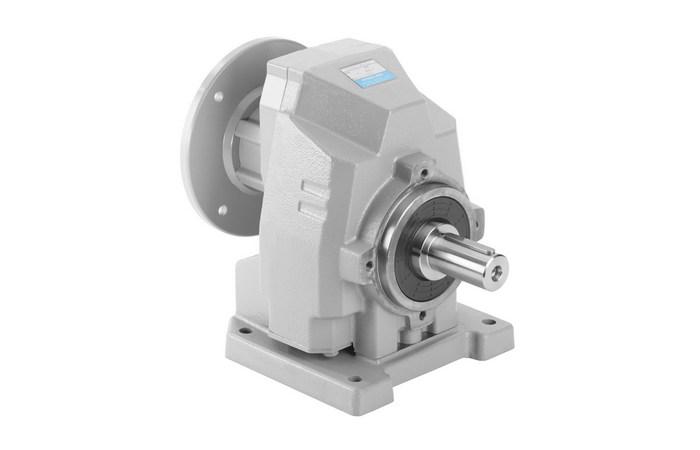 Цилиндрический соосный редуктор в корпусе из чугуна до 4600 Нм